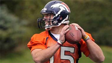 Tim Tebow - Denver Broncos number 15 380px