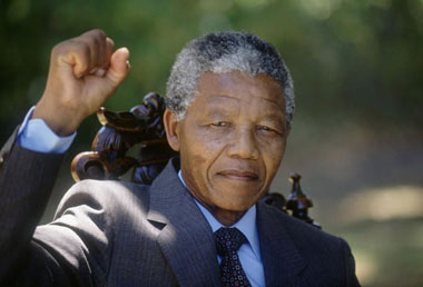 Nelson-mandela-released_380px