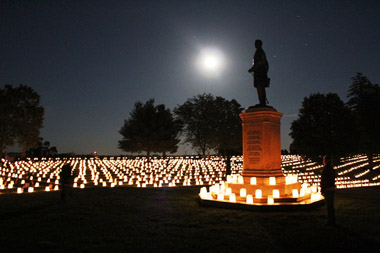 Memorial-day-2014_fredericksburg_illumination_380px